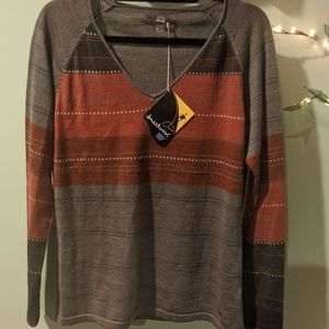 NWT Smartwool V-Neck Sweater
